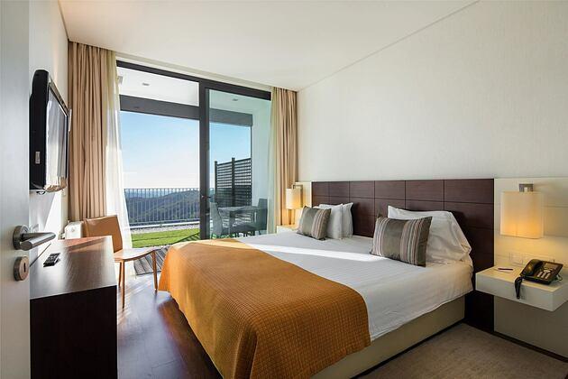 Suite Bedroom at Monchique Resort Portugal