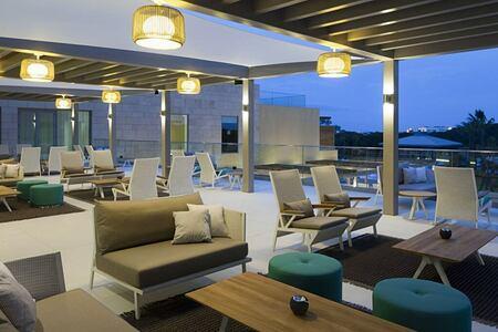 First floor bar terrace at Epic Sana Portugal