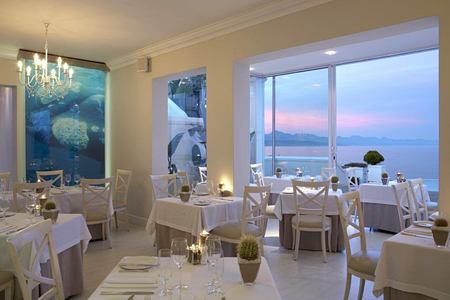 seafood restaurant at the plettenberg South Africa