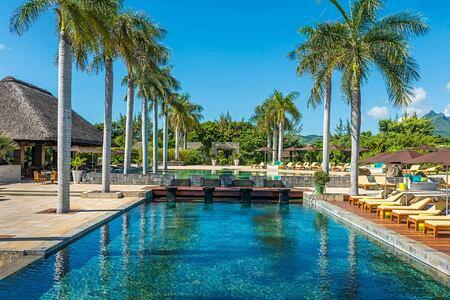swimming pool at Anahita Mauritius