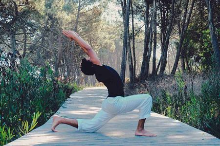 yoga at Feelviana Portugal
