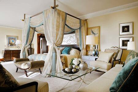 4 poster bed Royal Suite Master Bedroom at The Royal Mirage Dubai