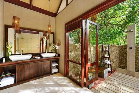 Beach Cabin bathroom at Jungle Beach Sri Lanka