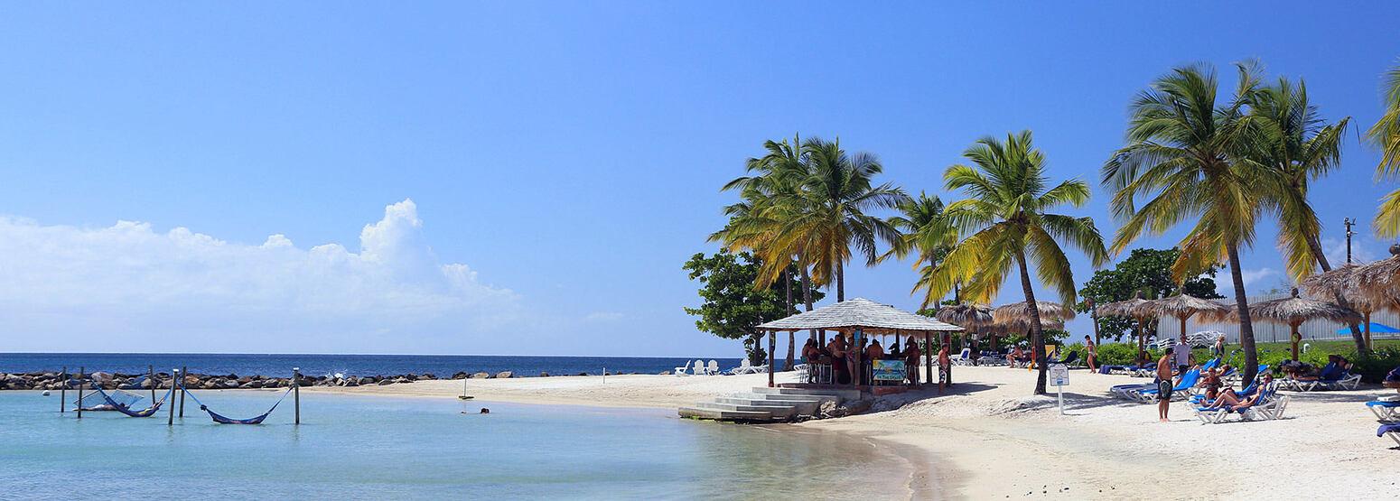 Beach at Windjammer Landing St Lucia