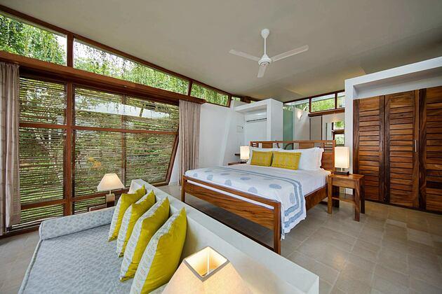 Bedroom at Tri Lanka Sri Lanka