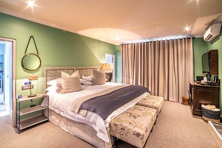 Deluxe Room at La Fontaine Franschhoek South Africa