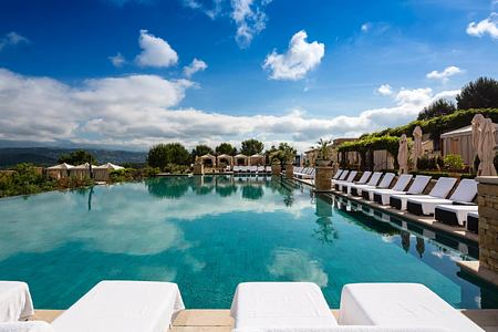 Infinity Pool at Terre Blanche Golf and Spa Resort France