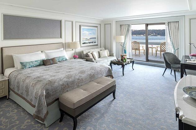 Junior Suite room at Shangri la Bosphorus Turkey