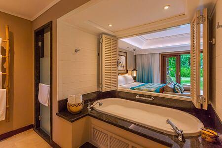 Junior suite bathroom at Constance Lemuria Resort Seychelles