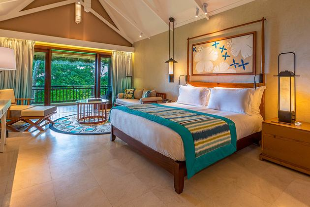 Junior suite with view at Constance Lemuria Resort Seychelles