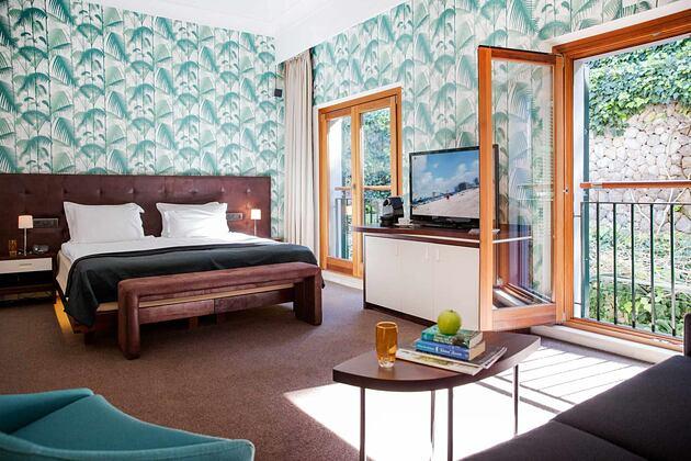 Large bedroom at Esplendido Hotel Majorca