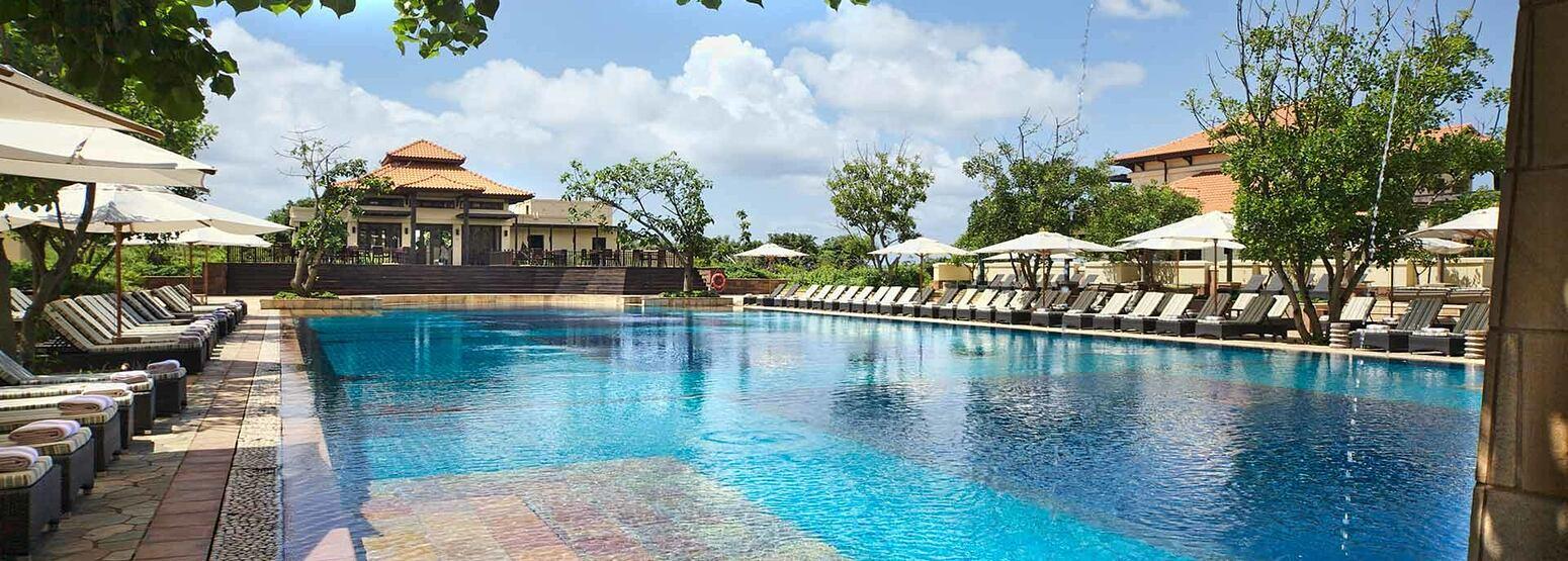 Main Pool and bar at Zimbali Coastal Resort South Africa