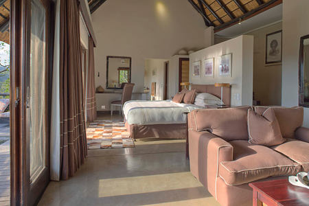 Mountain Lodge Family Suite lenghtway view at Phinda South Africa
