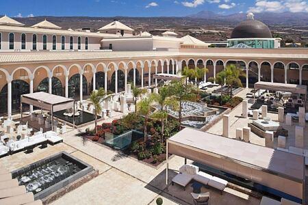 Plaza Atlantica at Redlevel at Gran Melia Tenerife