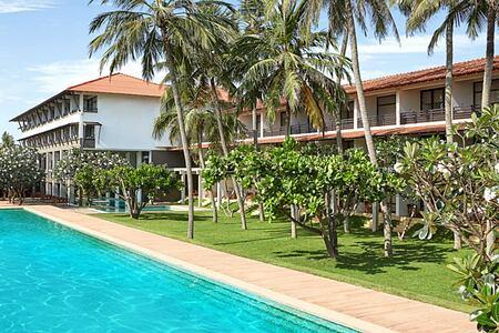 Pool and hotel at Jetwing Beach Negombo Sri Lanka