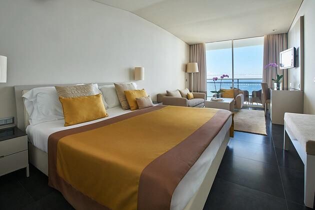 Premium double bedroom at Vidamar Madeira