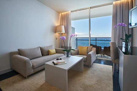 Premium suite at Vidamar Madeira