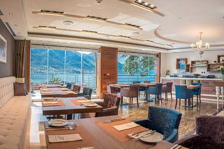 Restaurant at Forza Mare Montenegro