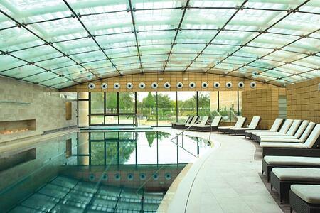 Spa pool at Lucknam Park England