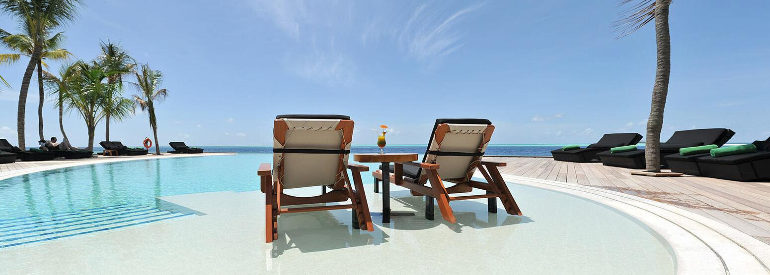 View across Infinity Pool at Komandoo Maldives