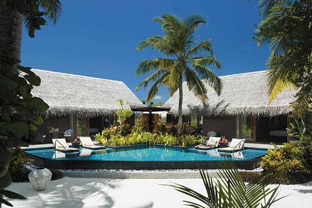 Villas and private pool at Shangri la Villingili Maldives