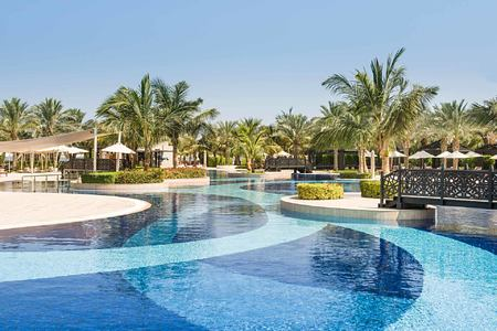 pool and bridge at Waldorf Astoria UAE