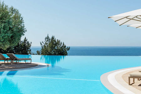 Infinity pool at Ikos Oceania Greece