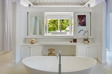 Luxury beachfront bungalow bathroom at Sugar Beach St Lucia