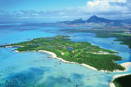 golf on private island at Le Touessrok Mauritius