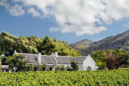 Luxury Cottage exterior view