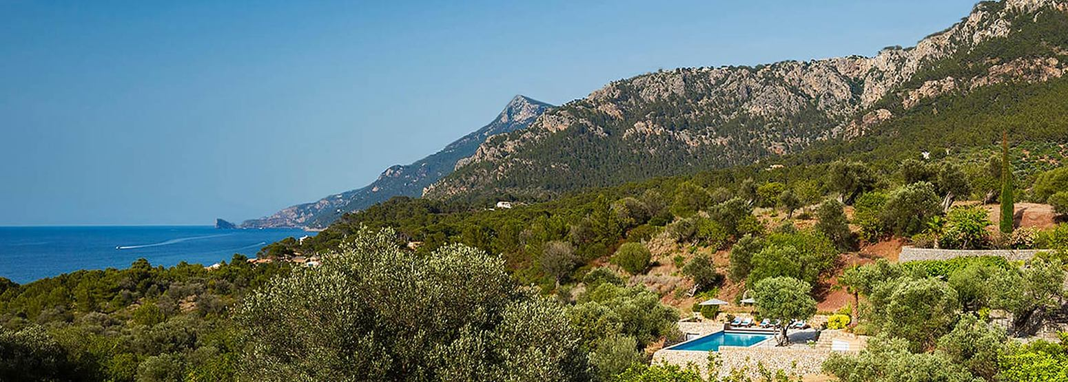 Mallorca scenery for 4 day trail running