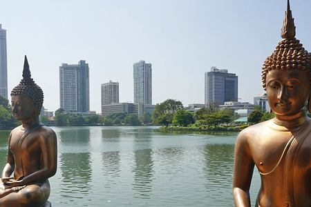 Golden Statues Colombo Sri Lanka