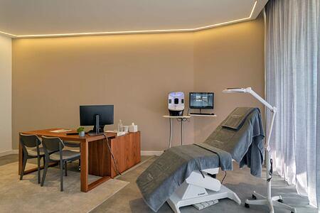 Medical room at the Longevity Alvor Algarve Portugal