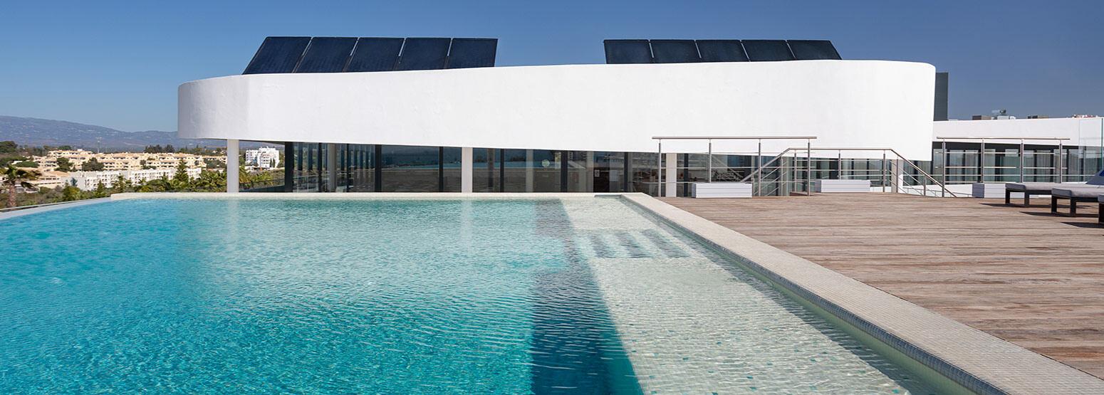 Banner image of Rooftop Pool at the Longevity Alvor Algarve Portugal