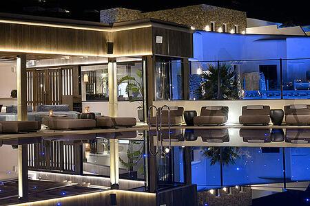 Aeonic Suites and Spa Mykonos pool bar at night-header